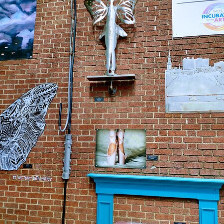 Westmoreland Cultural trust art in the alley