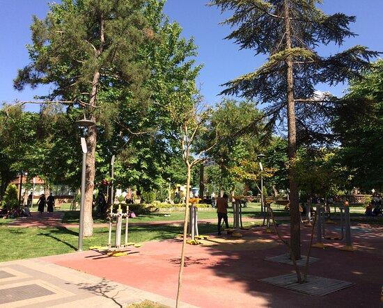 Hürriyet Parkı