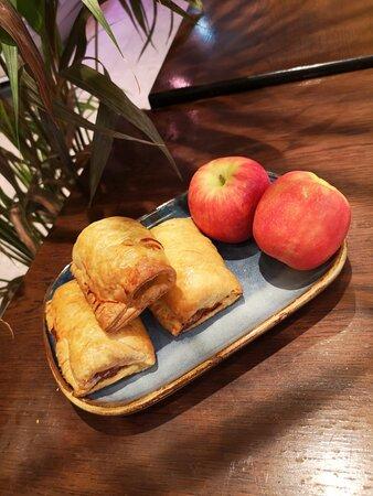 Organic Pork & apple Sausage rolls
