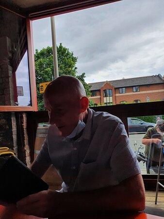 Handyman Bar along Smithdown Road