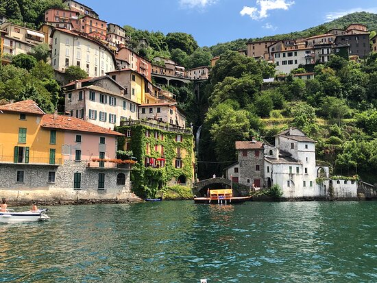 Comosjön, Italien: Nice places on como lake with our family and friends