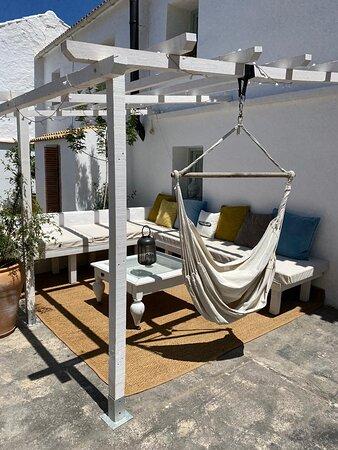 Heerlijk rustig verblijf in Ibiza stijl/sfeer met vriendelijke verhuurders
