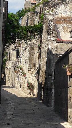 Casertavecchia, Italy: Un pezzo di storia e di bellezza