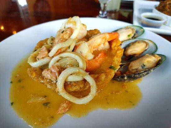 Mash Plantain Seafood.