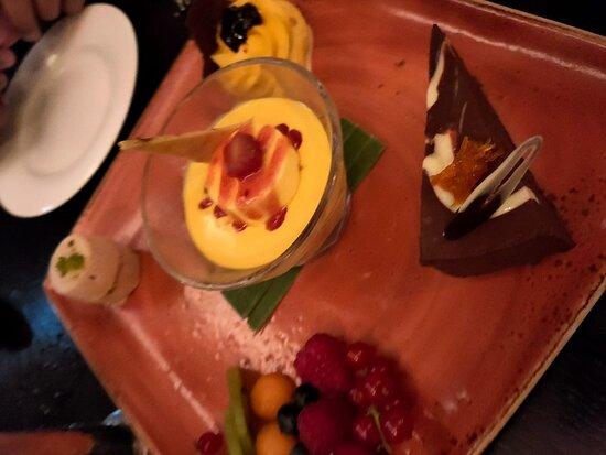 Dessert platter 2