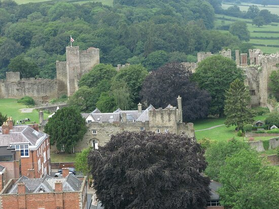 looking to Ludlow castle...