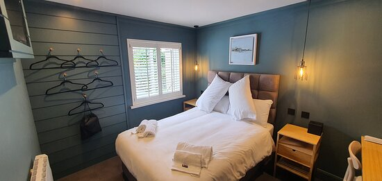 Tracy Keoghan 2021 - Our new plush rooms at the Lemon Leaf Townhouse, designed to the highest standards for your comfort and pleasure