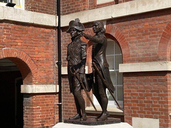 Murray/nelson Sculpture