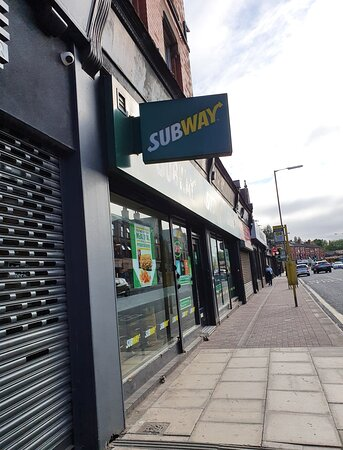 Coll Subway outlet