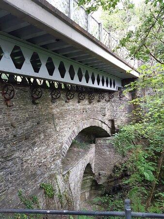 Bilde fra Devil's Bridge (Pontarfynach)