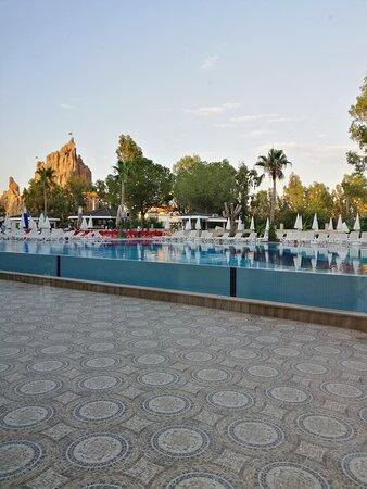 главный большой бассейн