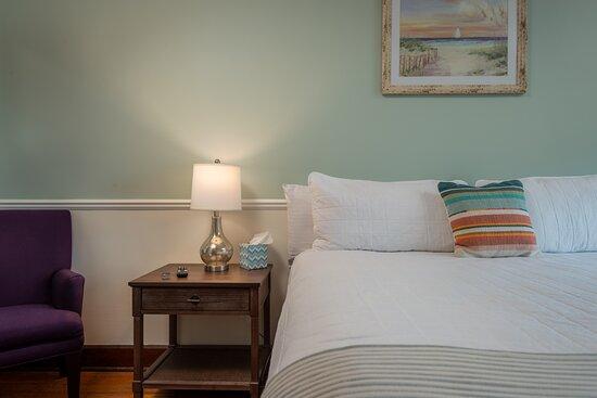 Harbor Room: King Room