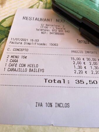 Espectacular menú 15 eur . Comida abundante y servicio muy bueno. 100 % recomendable. Volvemos