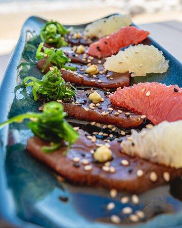 Tuna sashimi, grapefruit, wasabi cream