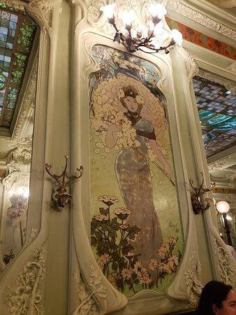 plafond du restaurant  - Photo de Bouillon Julien, Paris - Tripadvisor