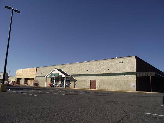 Windham Mall