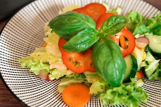 Wie wär's mit einem gesunden Bio Salat für zwischendurch