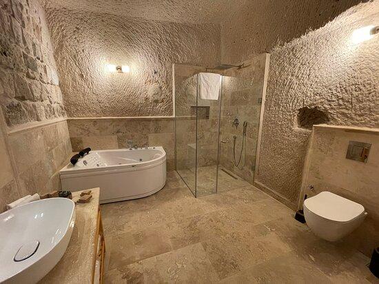 Uranüs Banyo