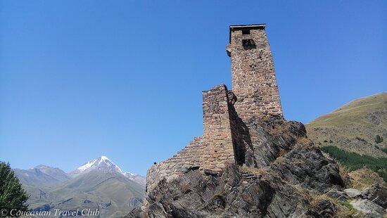Горская башня в долине реки Сно (военно-грузинская дорога)