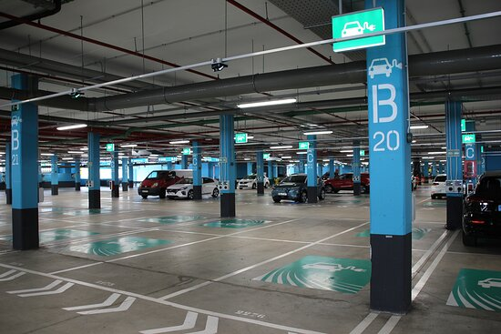 Las Palmas de Gran Canaria, Tây Ban Nha: Plazas de parking y puntos de recarga para coches eléctricos
