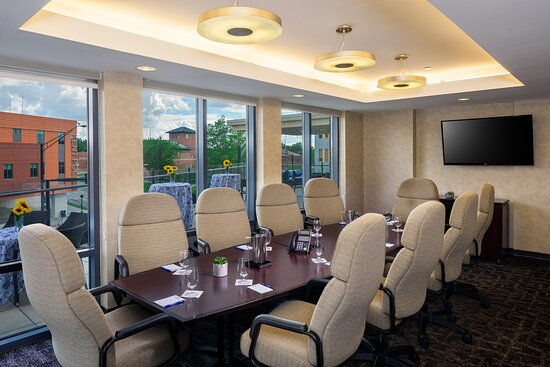 A private board room with a walk out deck overlooking Kent and the University