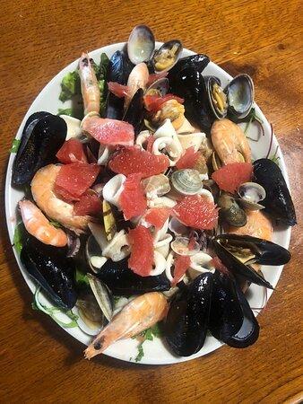 Insalata di mare calda / Hot sea salad