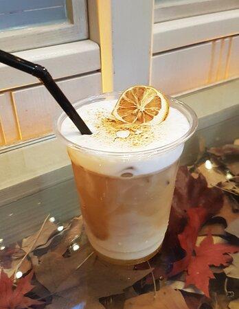 伯爵茶鮮奶咖啡