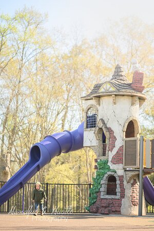 City of Greer Kid's Planet Park - Photo by Handful & Hustle Photography
