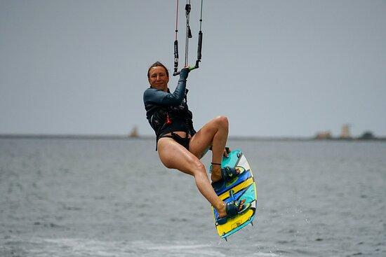Kitesurfen an der Kitesurf Lagune von Lo Stagnone am KBC Sizilien