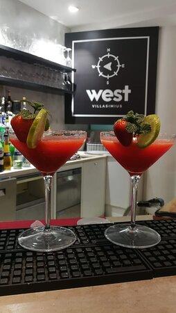 Daiquiri alla fragola, tra i drink più eleganti.