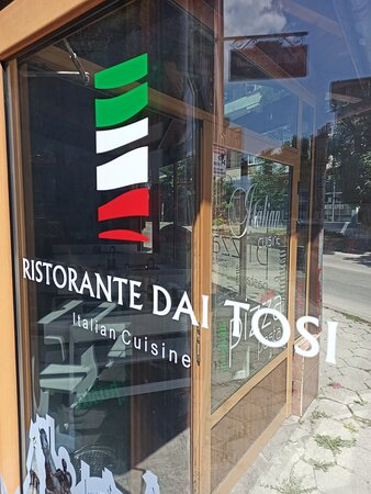Sevlievo, Bulgaria: Ristorante pizzeria Italiano dai tosi