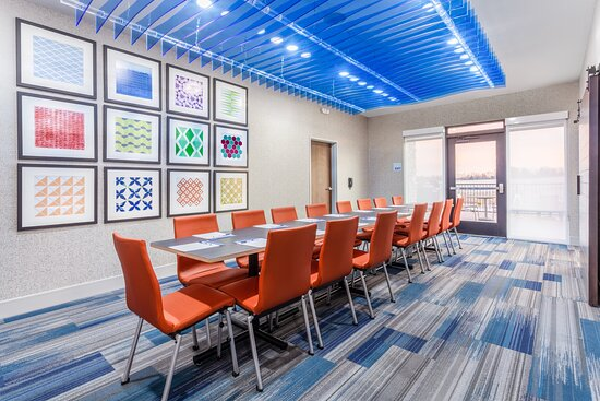 Boardroom for small Corporate Gatherings