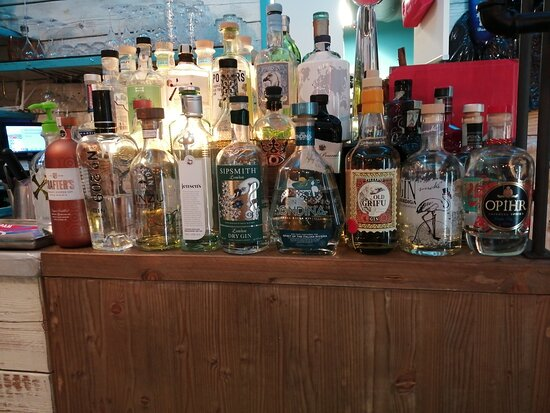 We love gin & tonic!
