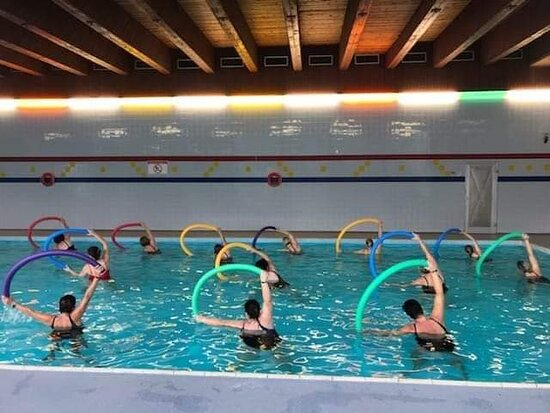 Hallenbad wasseegymnastik