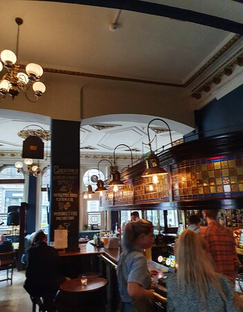 The Railway Pub in Liverpool Commercial District