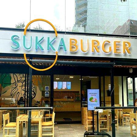 Sukka Burger exterior