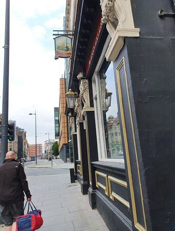The Lion Tavern Pub in Liverpool Commercial District