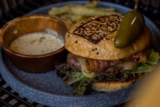 Hamburguesa con carne de cordero.