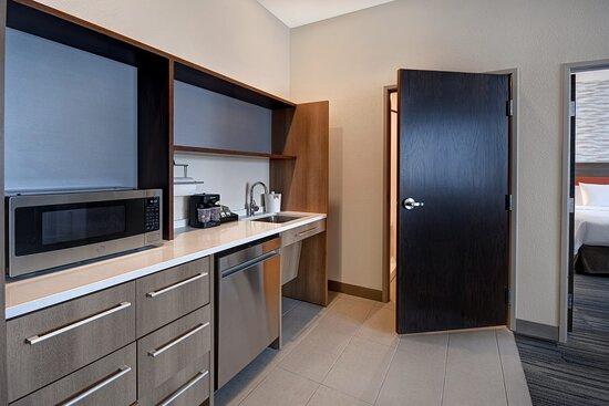 One Bedroom ADA Queen/Queen Suite