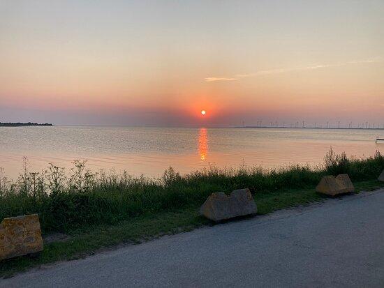 Solnedgång från Guldkaggen i burgsvik hamn.