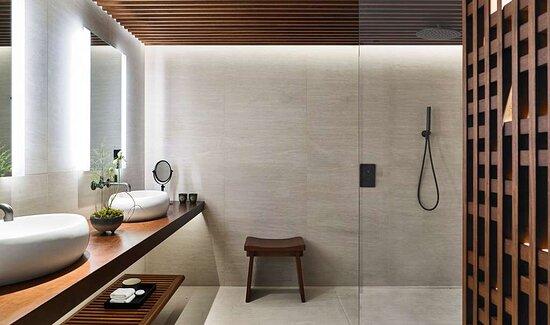 NOBU Premium bathroom HIGH