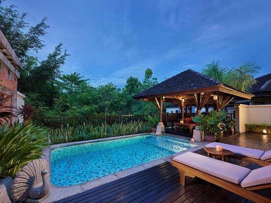 Swimming pool of Anantara villa