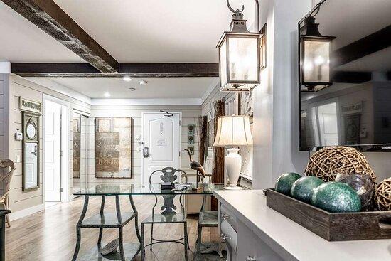 Guest Room Hampton Suite Room PPI