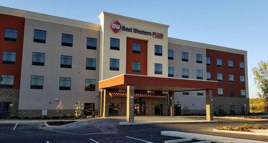 Welcome to the Best Western Plus Elizabethtown Inn & Suites