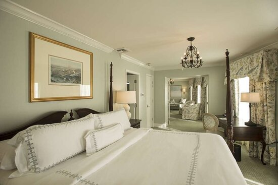 French Quarter Suite S