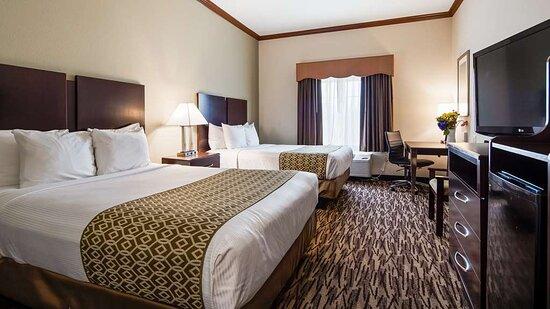Refugio, TX: Two Queen Guest Room