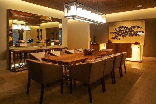 Royal Villa Dining Room