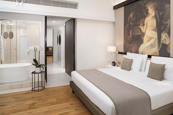 Emperor Suite Bedroom