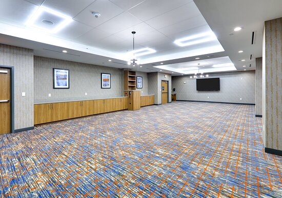 Schedule your next Meeting at the Candlewood Suites near DFW
