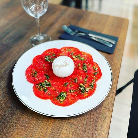 Carpaccio de tomates et sa burrata